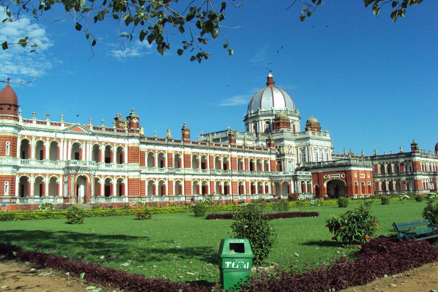 cooch-behar-palace (1)
