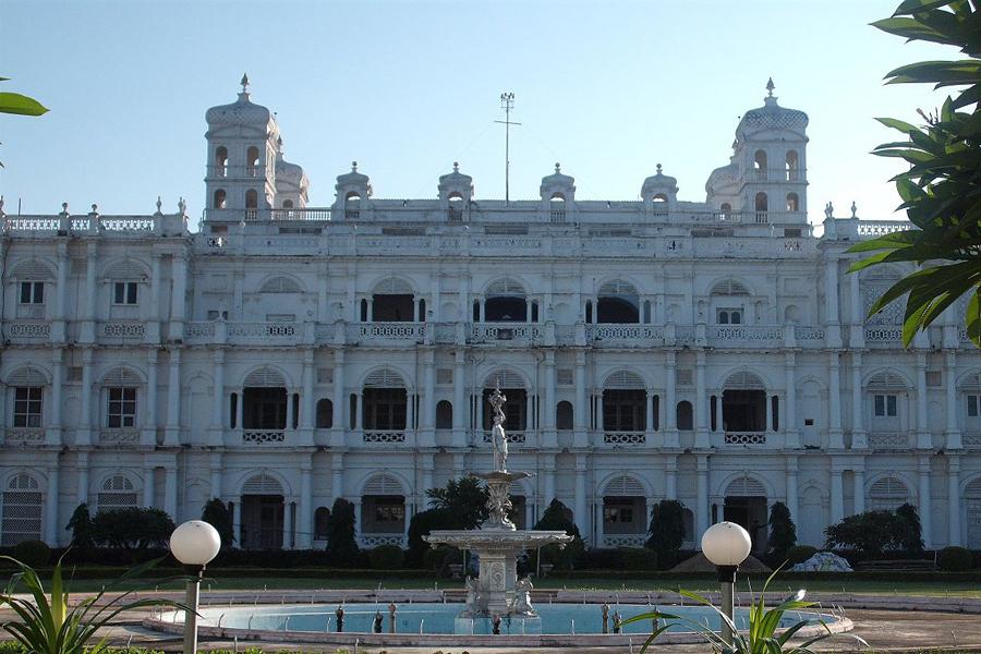 jai-vilas-palace